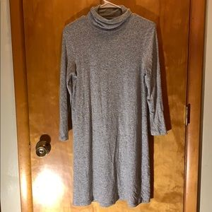 gray American Eagle long sleeve turtleneck dress